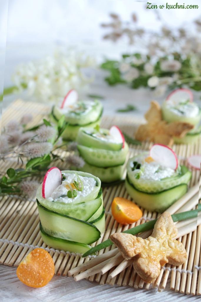 sushi z ogórka z twarogiem