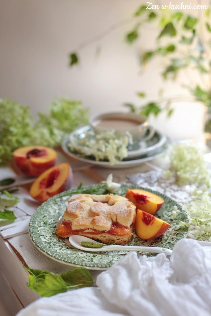 szarlotka brzoskwiniowa