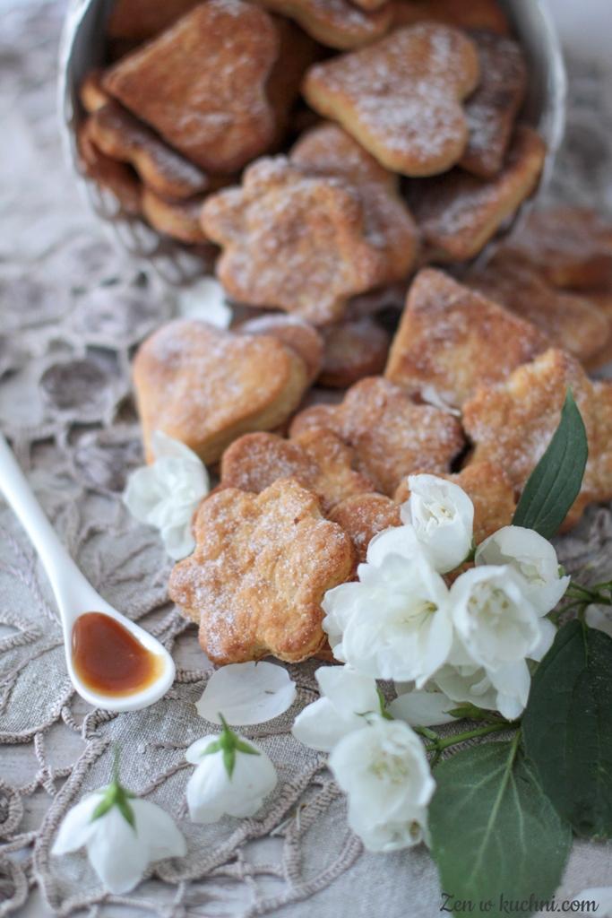 ciasteczka serowe z solonym karmelem