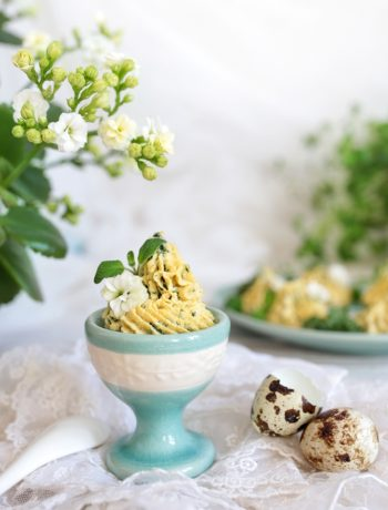 pasta jajeczna z jarmużem