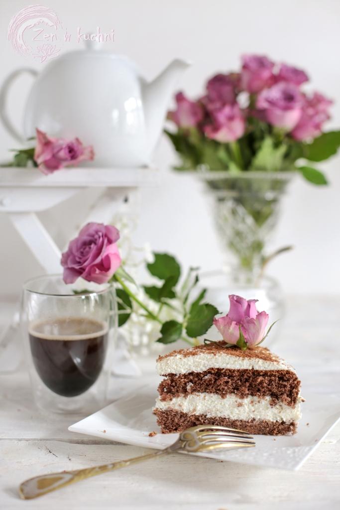 lekki tort śmietankowy