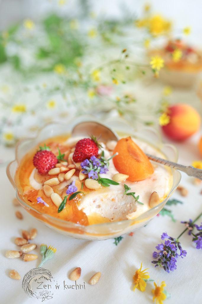 deser serowy z morelami