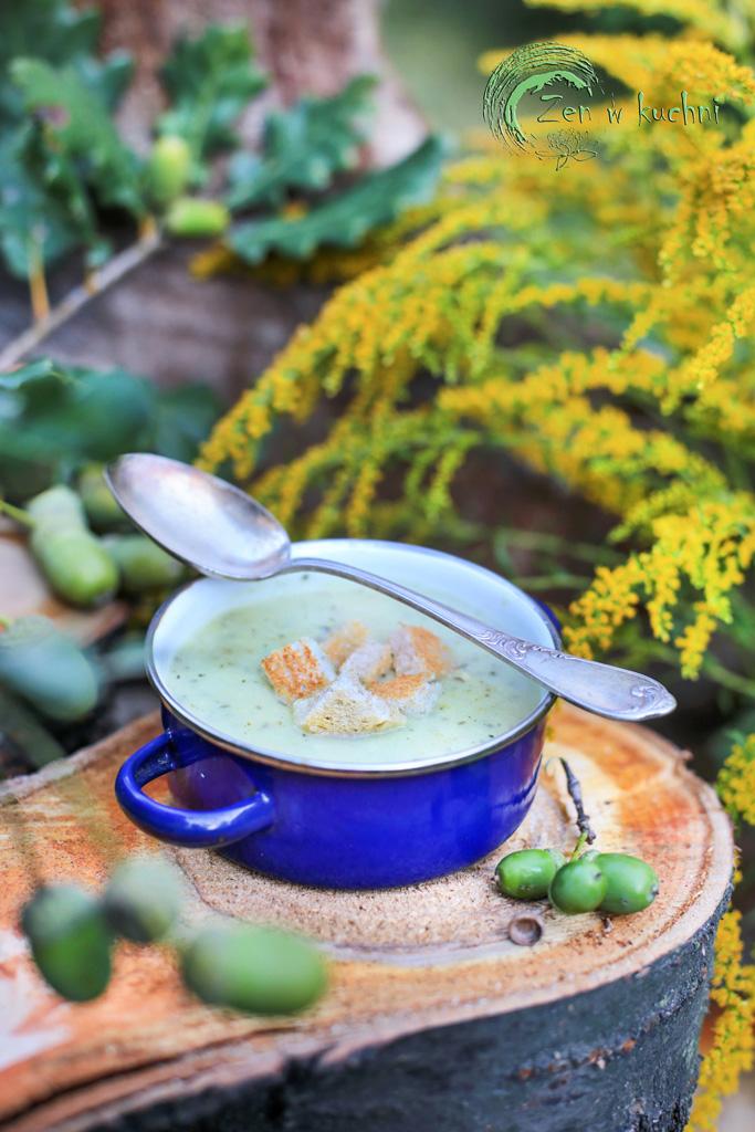 zupa z cukinii z grzankami