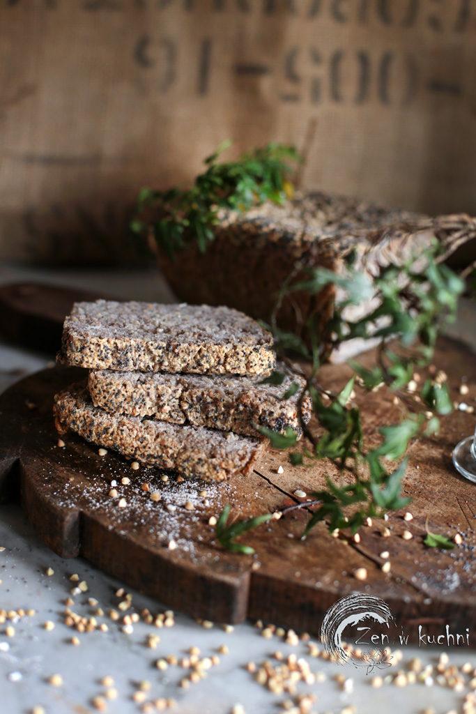 chleb z kaszy gryczanej samorosnący