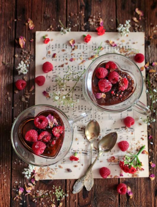 budyń czekoladowy z malinami bez mleka i cukru