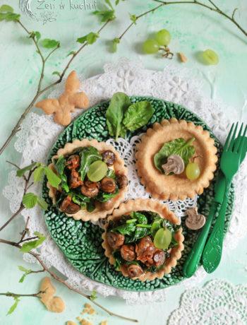 tartaletki ze szpinakiem i pieczarkami