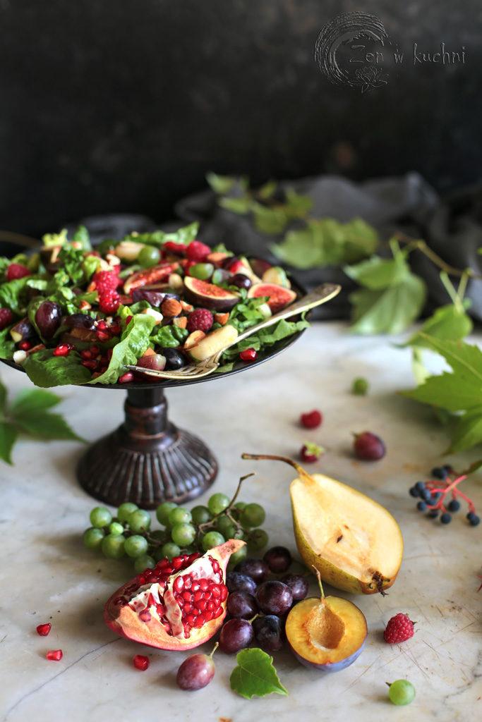 sałatka z owocami jesieni