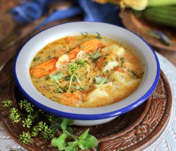 zupa z kiszonej cukinii
